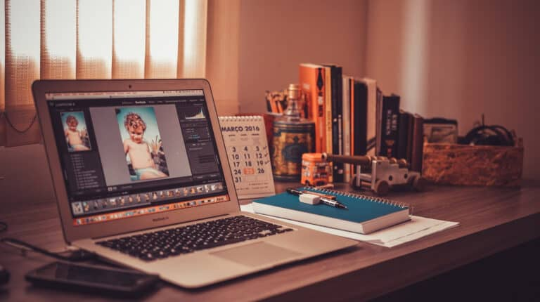 7 Tweaks For Your Home Office to Get More Clients (and make more money!)