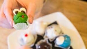 frog cupcake-eat the frog blog