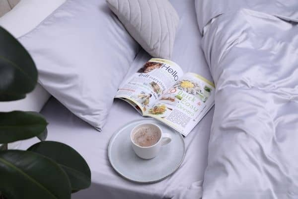 silk pillowcases and sheets on a bed-article on the health benefits of silk pillowcases