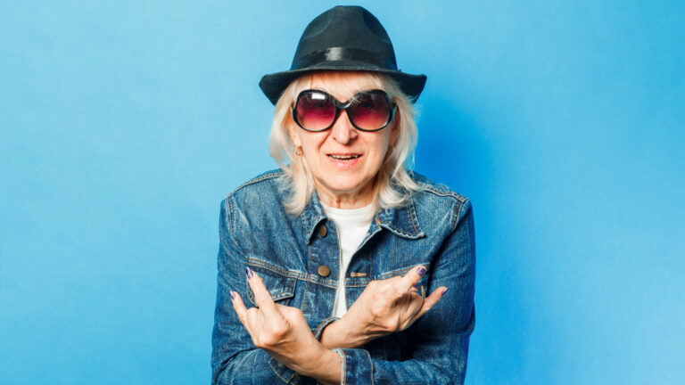 How to Dress Over 50 (and 10 things you should never wear!)